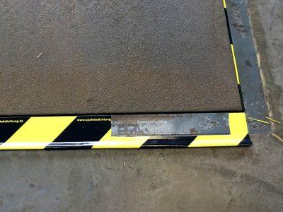 EM-FLEX draught seal SL35 on a loading ramp.